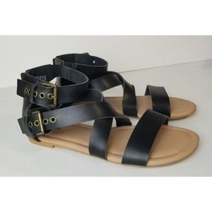 Torrid Gladiator Crisscross Black Sandals, 9W